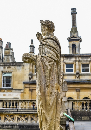 Ststue of Constantine in Bath England7
